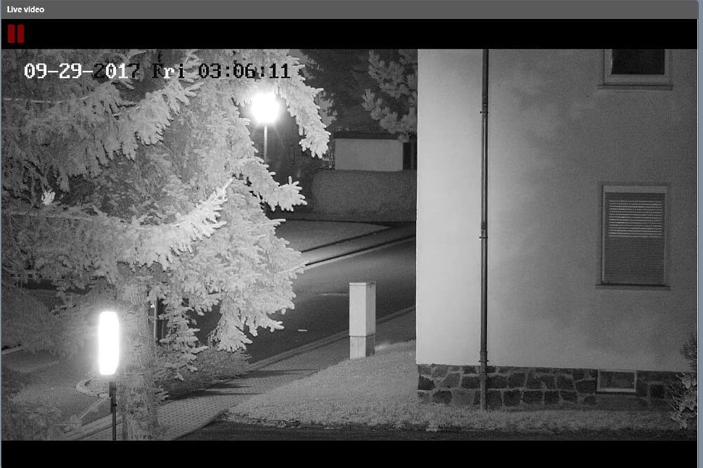 WellnerBOX Kamera_Straße-Gegenlicht_IR-Licht an
