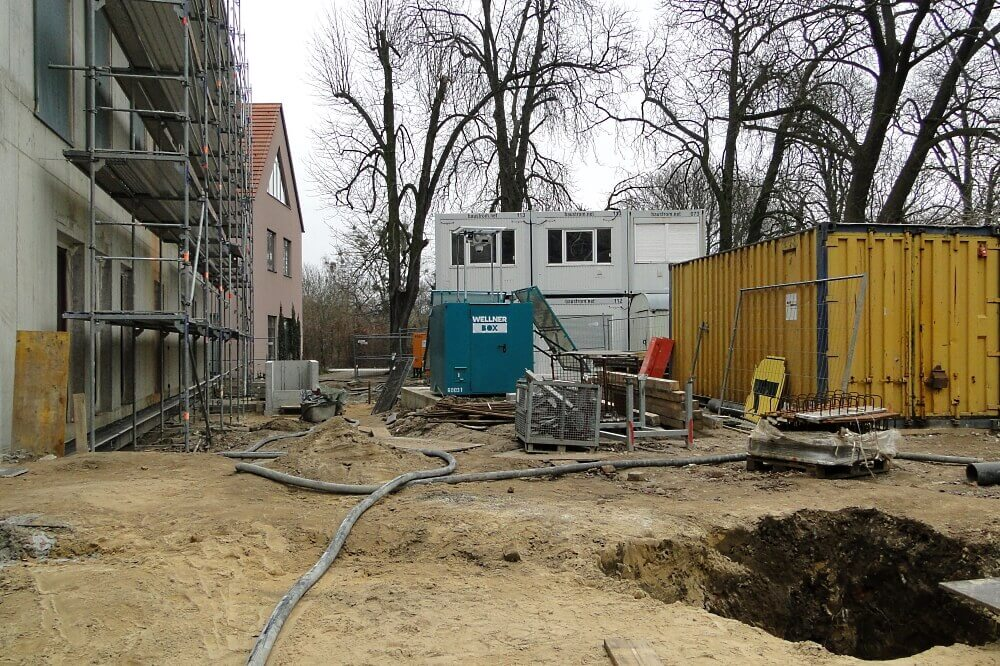 The WellnerBOX always keeps an overview, even in the everyday chaos on the construction site.